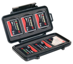 peli-0945-memory-card-case.jpg