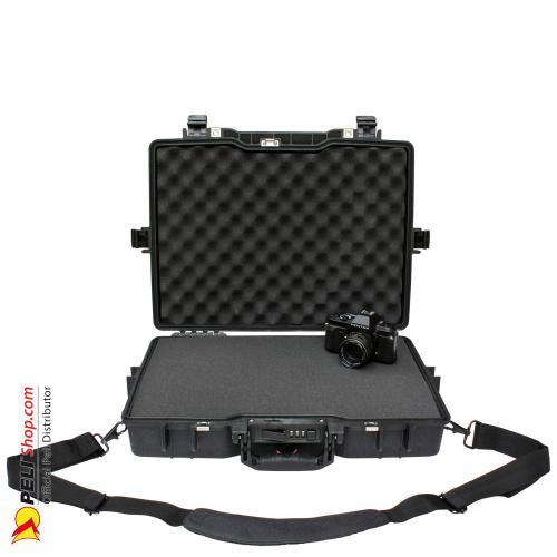peli-1495-laptop-case-black-1