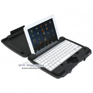 peli-i1075-hardback-case-ipad2-1